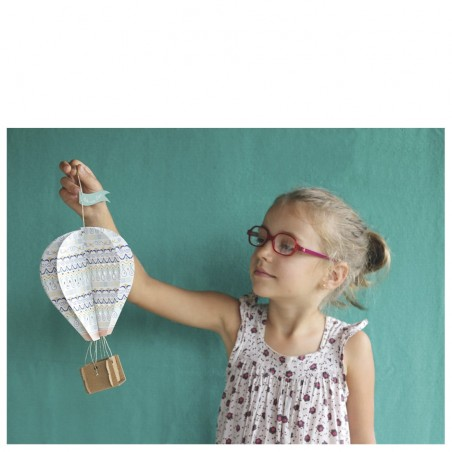 design hot-air balloons cardboard