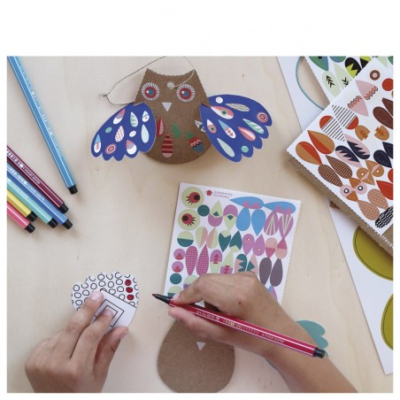 owls creative workshop with stickers